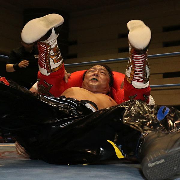 TAJIRIが鼓太郎に1年越し雪辱で首位浮上 「俺が優勝したら一番面白くなる」