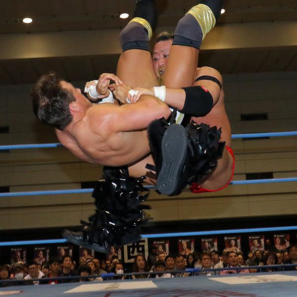 吉田がレッドマン粉砕で2勝目「まだまだ登りつめる!」