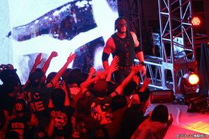 "WWEがメキシコ戦略に本気を見せた!ハウスショーでテイカー&ケインの""破壊兄弟""復活"