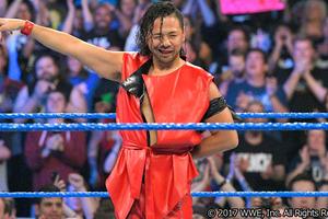 入場曲どころか、そっくりさんまで異常人気! あの有名お笑い芸人も思慕! WWE・一軍昇格記念! 中邑真輔の一年を振り返る!